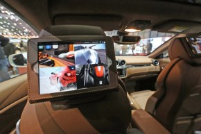 ferrari-ff-apple-ipad-mini-siri-01-opt